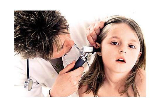 儿童急性中耳炎症状与治疗