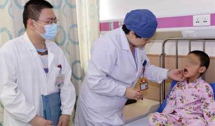 腺样体肥大手术治疗过程