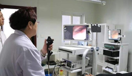 电子鼻咽喉镜检查