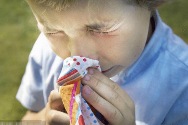 慢性鼻炎该怎么治,分享以下三点核心技巧!