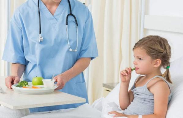 """古草世家:孩子食道差点穿孔,原因既然是因为""""它""""!"""
