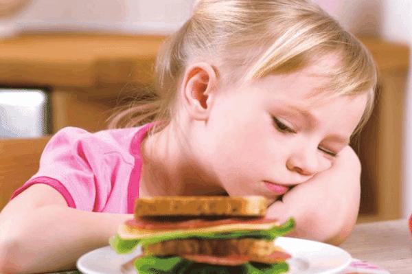 一场感冒过后竟患上厌食症,医生:许多病都可能引起厌食症!