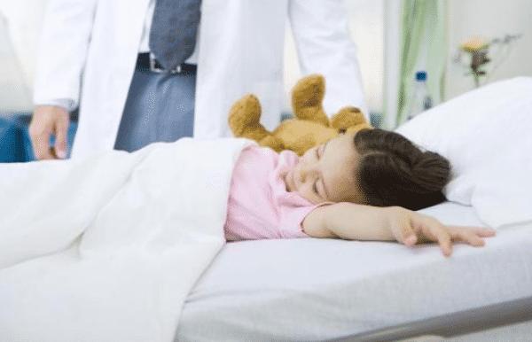 """儿童腺样体与扁桃体手术后出现疼痛,千万别""""硬扛""""!"""