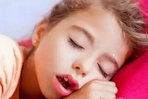 宝宝打呼噜是怎么回事呢?