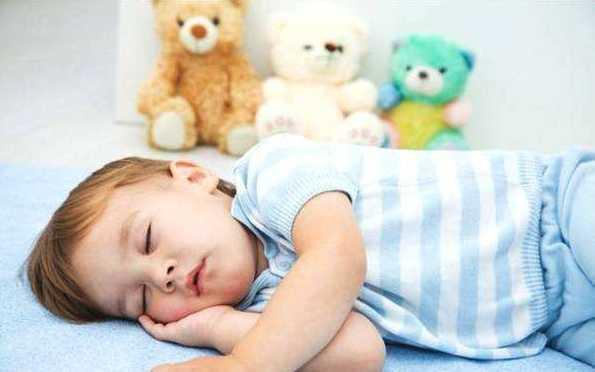季节性鼻炎或睡觉打呼噜,应预防发生腺样体肥大疾病!