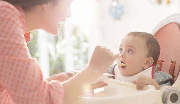 婴儿鞘膜积液怎样才能吸收的快